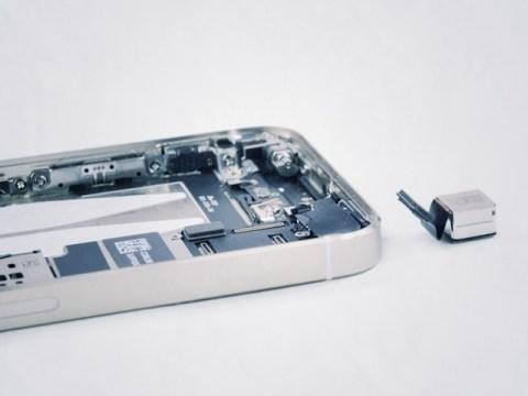 【動画】iPhone5s/5cをiFixitが完全分解!バッテリーの交換は簡単です!