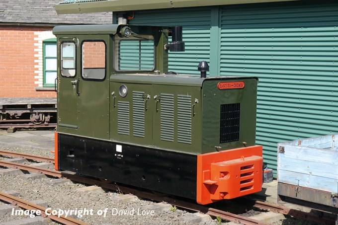 Photograph of the subject for 392-026 Baguley-Drewry 70hp Diesel Green