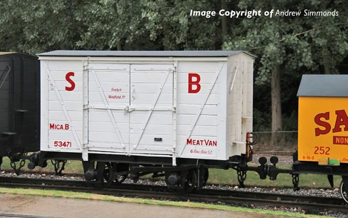 393-127 RNAD Van Statfold Barn Railway White 'MICA B'