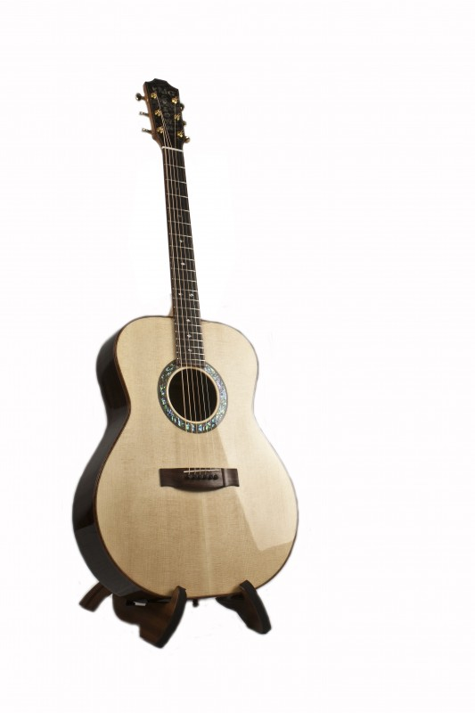 Make Your Acoustic Guitar Own