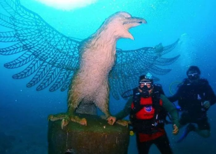 Nusa Dua newest underwater tourist attraction