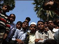 En Lakhanow, lo que no falta son niños con el nombre de Saddam Hussein. Fotos de la aldea: Prashant Ravi.