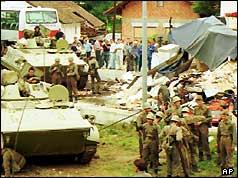 Federal al armatei iugoslave blindate de transport de personal în apropiere de Ljubljana (27/06/91)