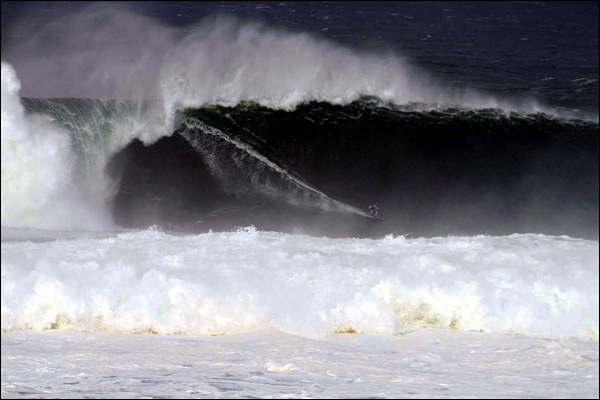 Record Breaking Waves off the West coast