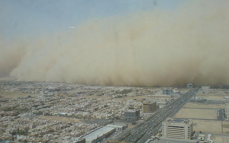 Пясъчна буря в Риад.Снимка:BBC