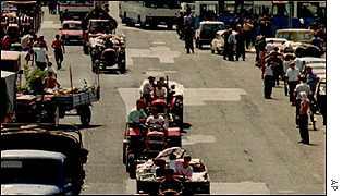 Serbios abandonando Krajina en agosto de 1995