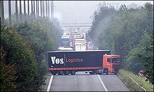 France-Belgium border, 2000 - BBC News
