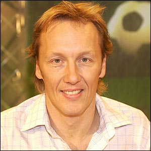 Lee Dixon. Please Fuck Off.