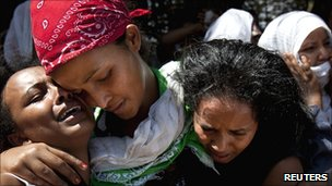 Families mourn at funeral for Eritrean victims of Kampala attacks