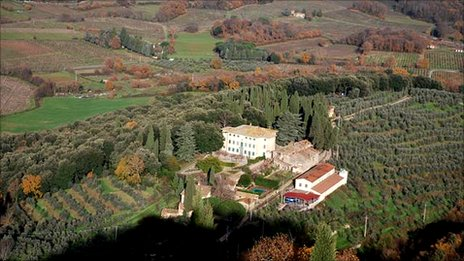 Luca Sanjust's villa and vineyards in Tuscany, 2010