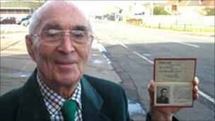 Bert Emerson, 90