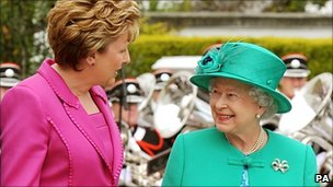 Irish President Mary McAleese and the Queen