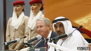Sheikh Ahmed Bin Saeed Al-Maktoum (R) with Boeing's president of commercial airplanes Jim Albaugh (L)