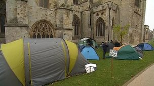 Protesters on Exeter Cathedral Green