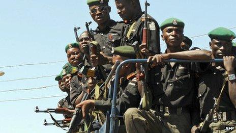 Anti-riot police in Nigeria (October 2008)