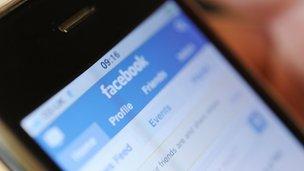 Facebook en el teléfono inteligente