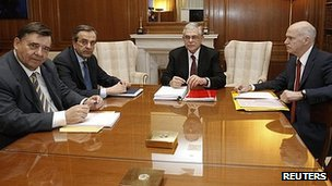 Greek party leaders, from left,  George Karatzaferis, Antonis Samaras, Prime Minister Lucas Papademos and George Papandreou at the prime minister's office in Athens (8 Feb 2012)