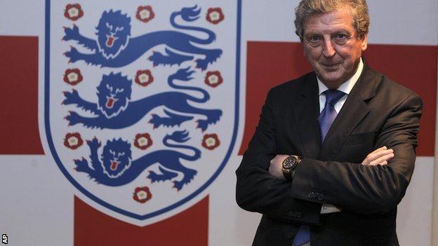 Roy Hodgson entrenador de Inglaterra