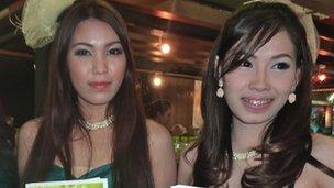 "Two ""pretties"" at Bangkok's House and Condominium Show, October 2012"