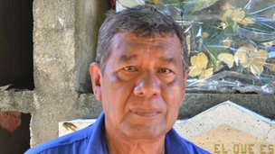 Luis Aredondo, administrator of Palmar Cemetery in Acapulco