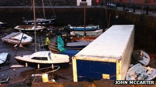 Daños en North Berwick puerto
