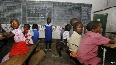 Pupils at school in Zimbabwe (January 2009)
