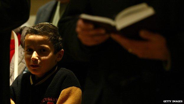 A boy during a ceremony in Palma de Mallorca's synagogue