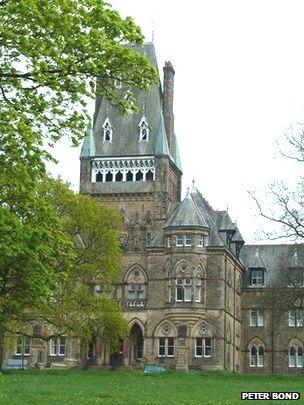 Jamea Al Kauthar Islamic High School for Girls in Lancaster