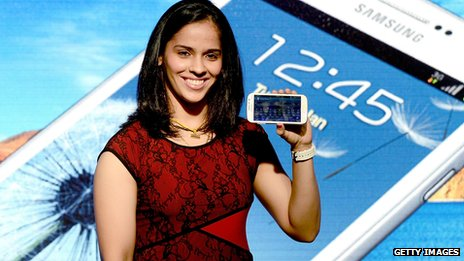 Indian badminton player Saina Nehwal launching the Samsung Galaxy Grand in Mumbai in January 2013