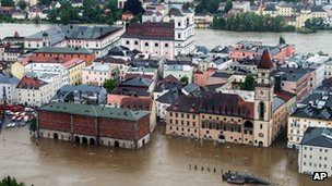 Parts of the old town are flooded by the river Danube in Passau, southern Germany (2 June 2013)
