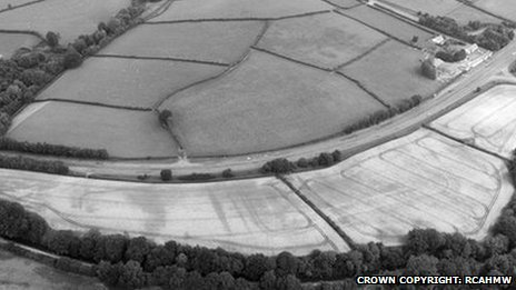 https://i2.wp.com/news.bbcimg.co.uk/media/images/69213000/jpg/_69213128_aerialpic_1.jpg