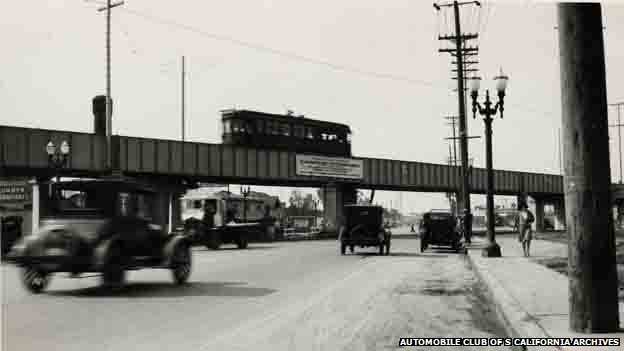 Overhead tram in Los Angeles in the 1920s. Photo courtesy: Automobile Club of Southern California Archives