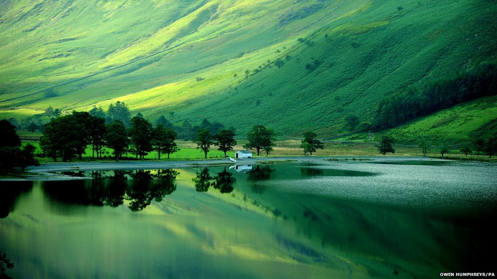 Early autumn reflections in Buttermere