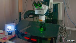 A combination microscope and incubator is used to image tissue over time