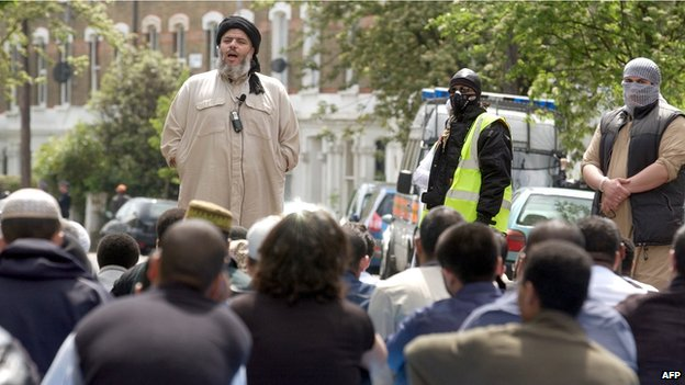 Abu Hamza outside Finbury Park mosque