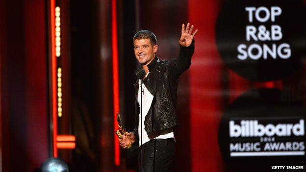 74945314 robinthicke Justin Timberlake leads Billboard Award winners