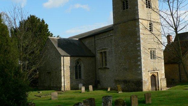 The churchyard at Chetwode