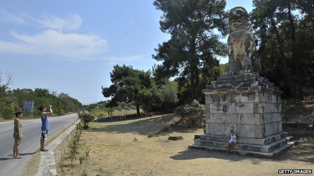 Archaeologists have restored the statute of a lion discovered earlier at the Amphipolis site