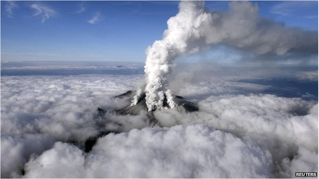 Volcanic smoke rises from Mount Ontake, 27 September 2014.