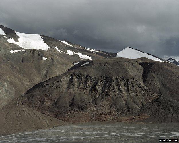 Spong Togpo glacial lake