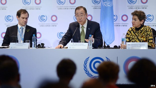 United Nations Secretary General Ban Ki-moon (C), flanked by COP20 executive secretary Christiana Figueres (R) and Climate Change advisor Robert Orr (L)