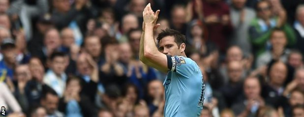 Frank Lampard applauds fans as he is substituted