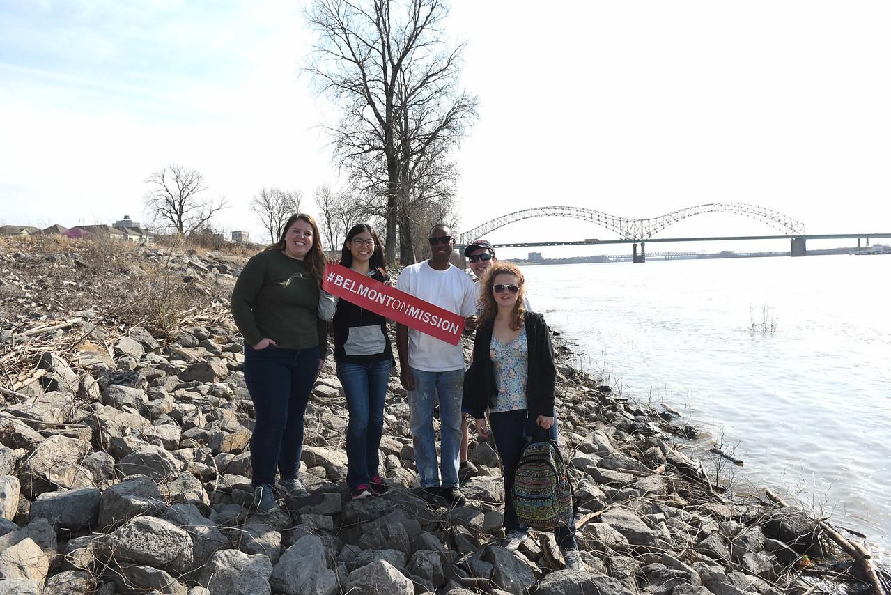 Belmont Serve901 Missions trip in Memphis