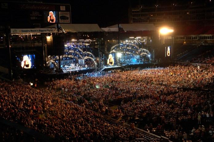 Stock photo of CMA Fest courtesy of Nashville Convention & Visitors Corp.