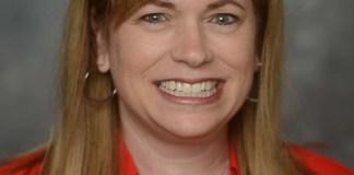 Amy Smith Headshot