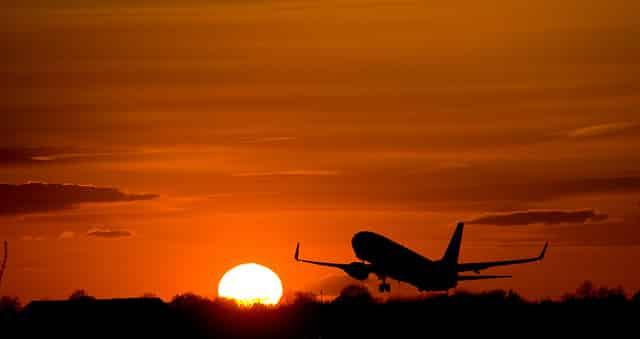 aereo-decollo-over-40-migranti