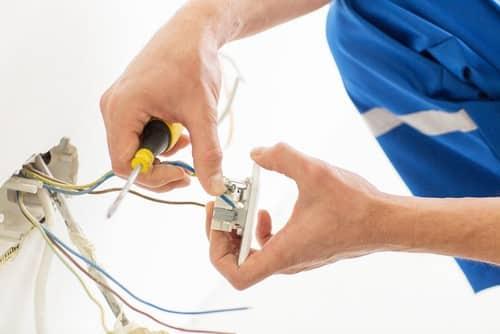 lavoro elettricisti treviso