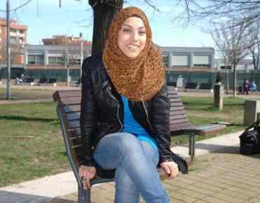 Sara Mahmoud indossa il suo Hijab