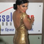 Veena Malik flaunting her back at Supermodel premier