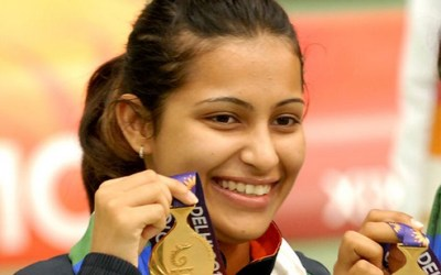 Heena Sidhu after winning Gold at at 2010 Delhi Commonwealth Games
